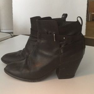 Rag and bone ankle boots in black leather